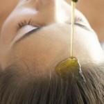 Curare i capelli con l'olio di Jojoba