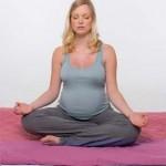Fare yoga durante la gravidanza